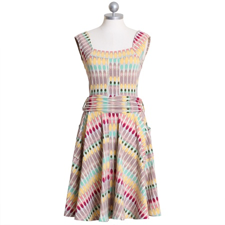 this dress is so fun and screams summer!