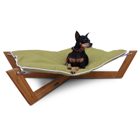Cross Hammock for your pet. Ingenious, clever and fun. The #dog will love it and the #cat will be envious.