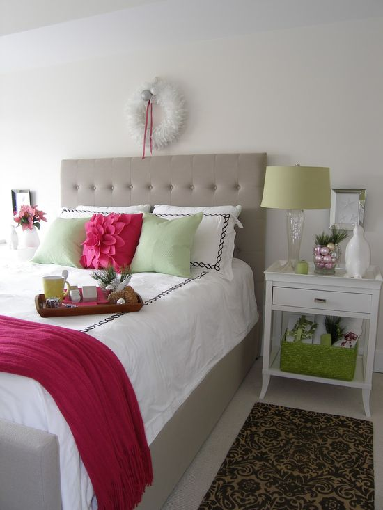simple bedroom with pops of color!