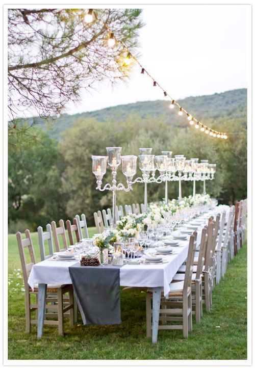 Love this!!! Decor is beautiful and love that everyone sits together!