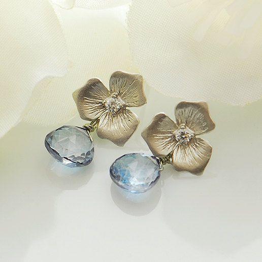 Blue bridal earrings, blue horizon earrings. $39.00, via Etsy.