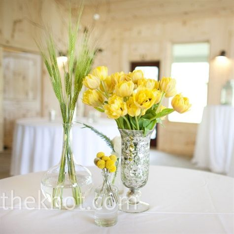 Simple yellow flowers