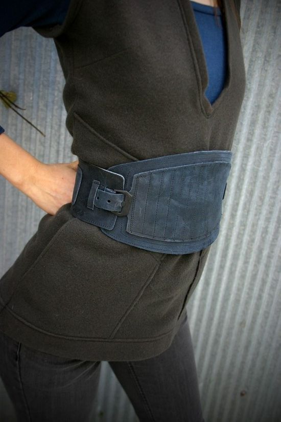 Blueberry buckle belt