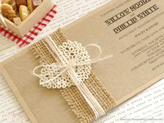 I can totally make these invitations!