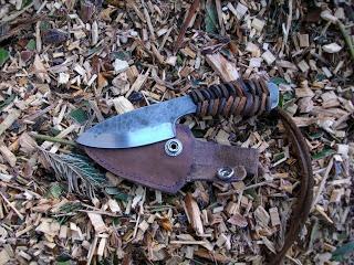 Bushbaby Knives  I love small handmade knives.