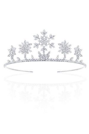 Harry Winston Tiara - because every girl needs a diamond tiara right.... :)