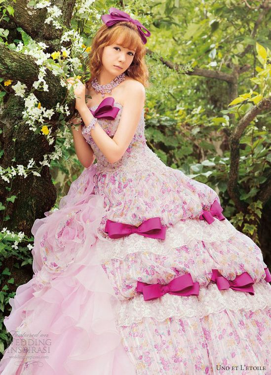 Uno et L'etoile Wedding Dresses