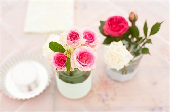 Centerpieces for a pink ombre wedding (photo: pearl pictures)