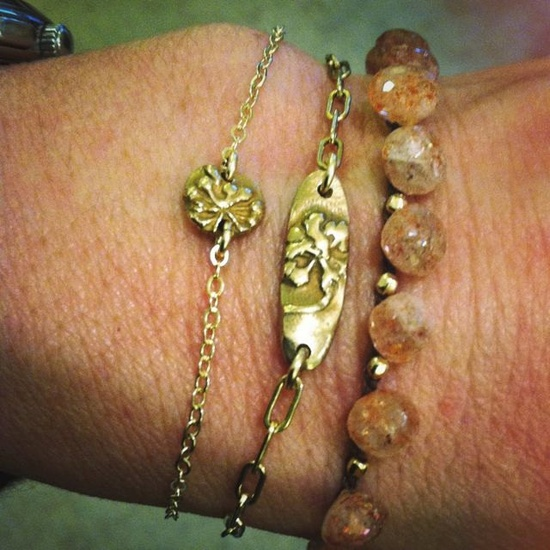 Bronze Dandelion Wish Bracelet. $18.00, via Etsy.