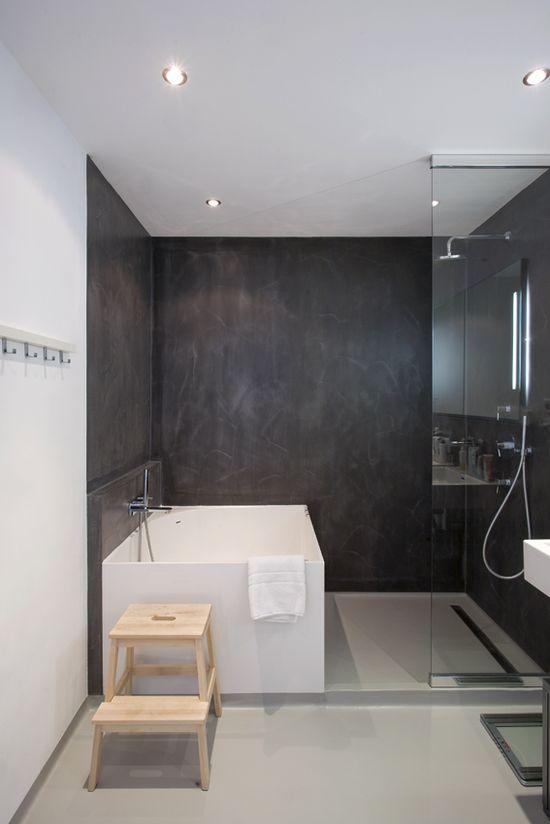 black and white scheme, tub in shower