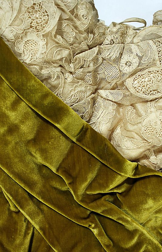 Bodice detail of evening dress in silk velvet by Worth; c. 1899.