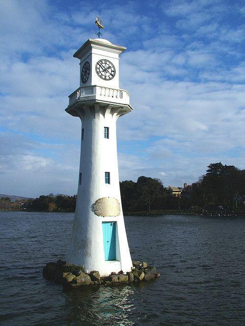 Roath Park - Scott Monument - Cardiff, Wales