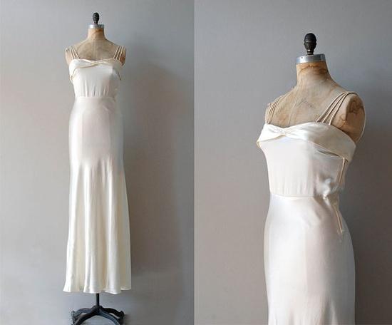 SERIOUSLY. BEAUTIFUL!!!  1930s dress / 30s wedding dress / bias silk / Avalon by DearGolden, $625.00