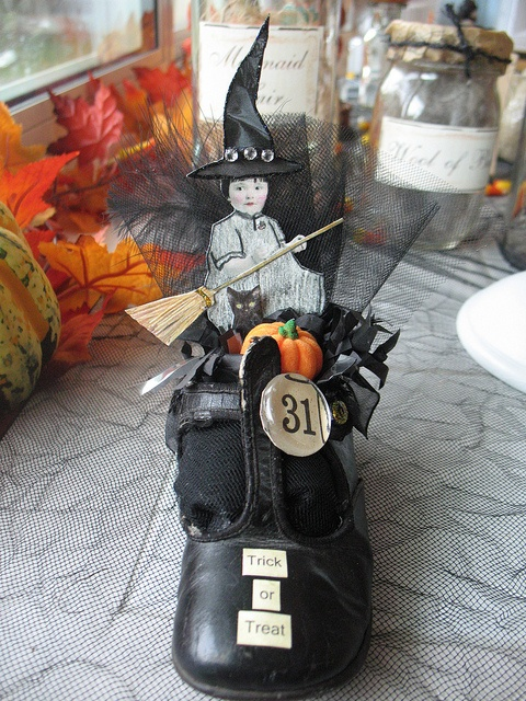 Witchy Vintage Shoe