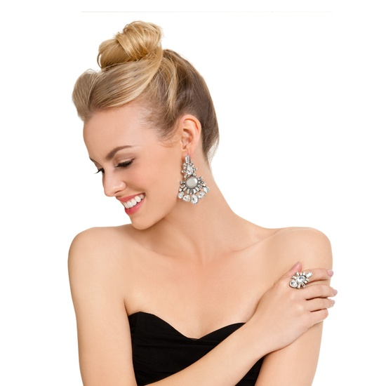 Return to Glamour chandelier earrings and ring $39.95 #jewelry