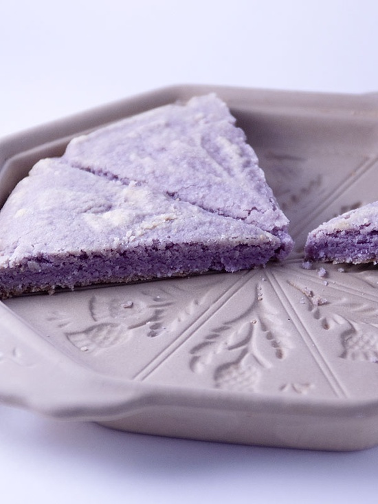 Lavender Shortbread ~ what a beautiful shortbread mold...