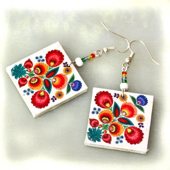 Very colorful earrings.