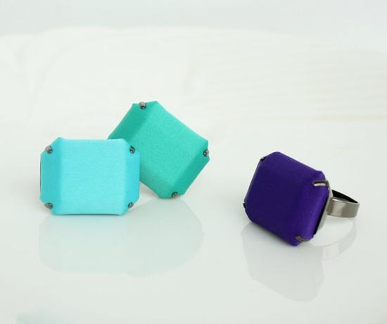Satin fabric stone ring  color ring purple / green / sky by BOMIYA,