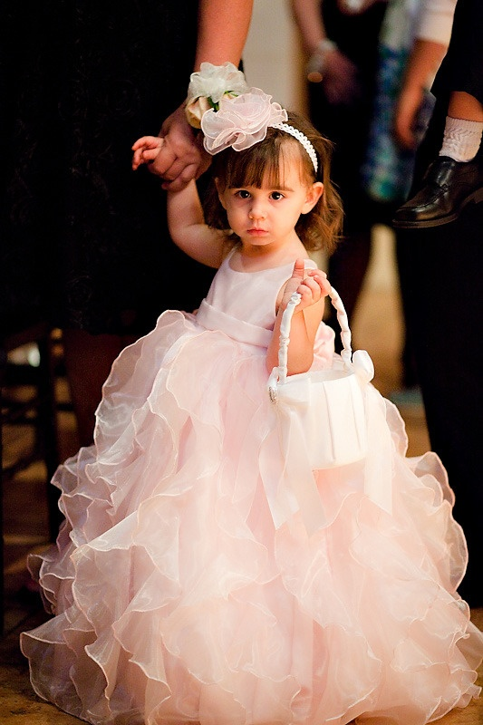 How adorable is this flowergirl dress?