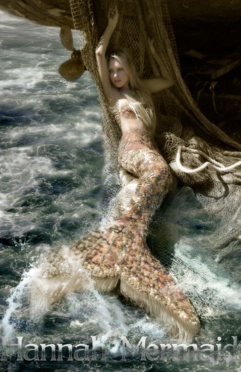 this mermaid actually looks real! Realistic tail...  invest24.emgoldex...