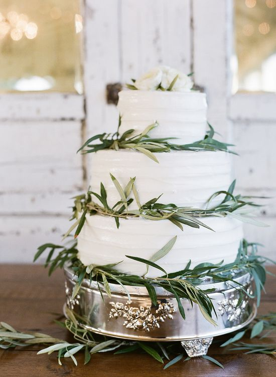 Perfect rustic-inspired wedding #cake