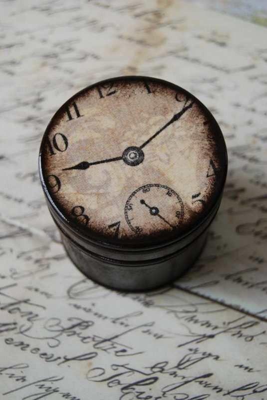 clock                                        ****