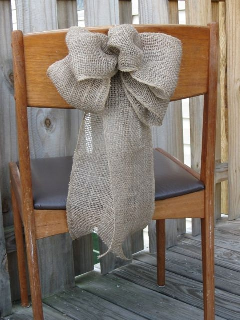 Easy DIY Burlap Bows for chairs