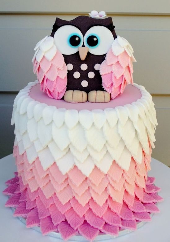 Adorable #Owl #Cake! We love it's gorgeous puffy feathers! So cute! We love and had to share! Great #CakeDecorating by gill.long.73