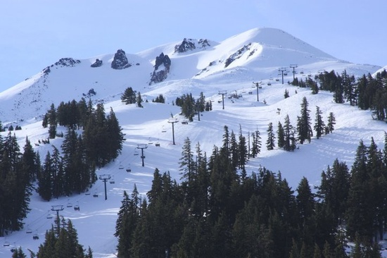 mt. bachelor central oregon (good skiing here)