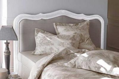 Charming Headboard Ideas for Romantic Bedroom Style