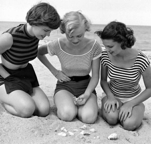 Sweet, playful 1950s striped summertime tops. #beach #1950s #vintage #fashion #tops #shorts #summer
