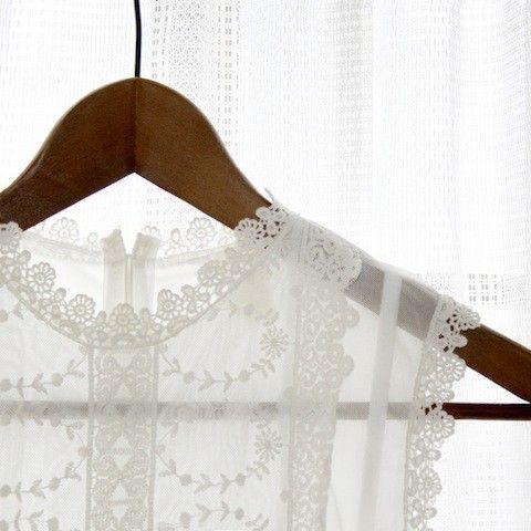 soft. lace. white.