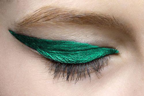 Winking in green.