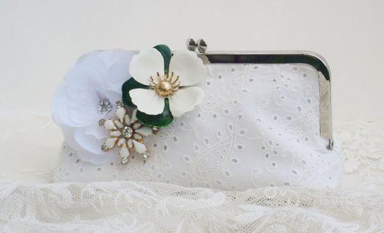 White Wedding Handbag / Bridal Clutch Purse / Retro Bride / Country Wedding