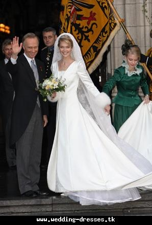 Marie Christine Wedding Dress