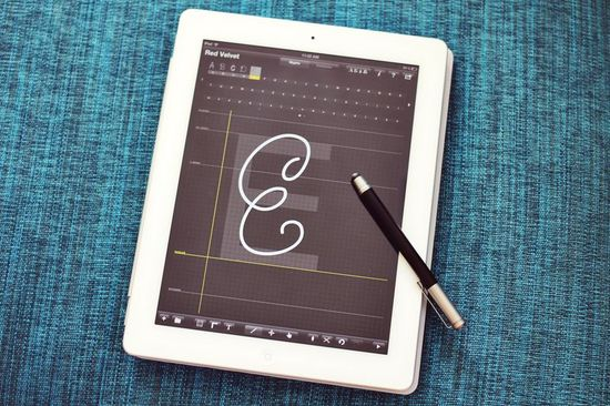 Make fonts with iFontMaker app for iPad @Erin May Shedarowich