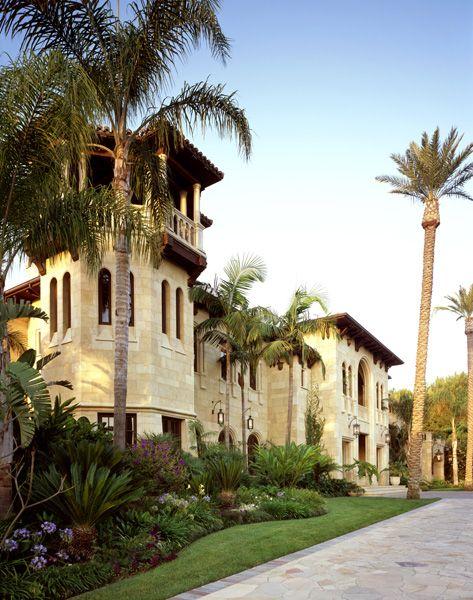 Italianate mansion exterior