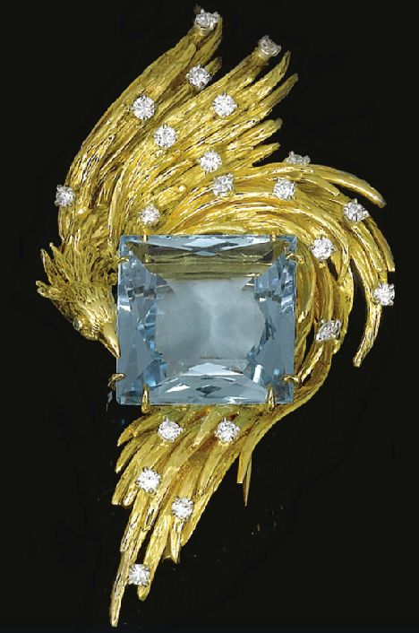 Gold, diamond, and aquamarine phoenix brooch by Chaumet, dating from 1970.