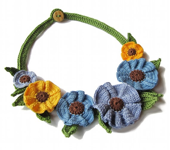 Crochet flowers as necklace