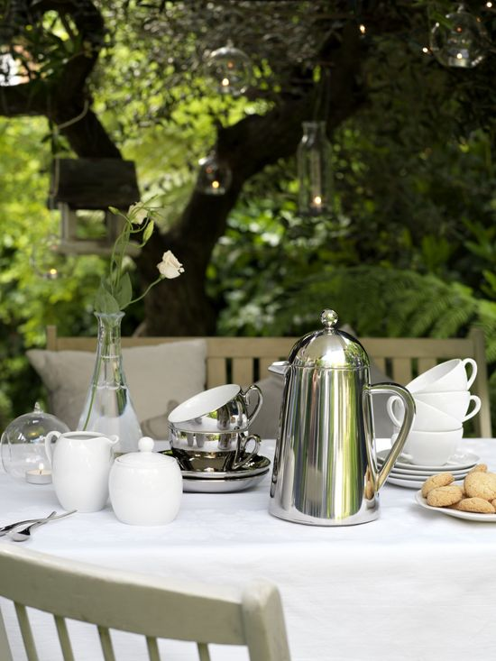 La Cafetiere Thermique Cafetiere #coffee #gardenparty