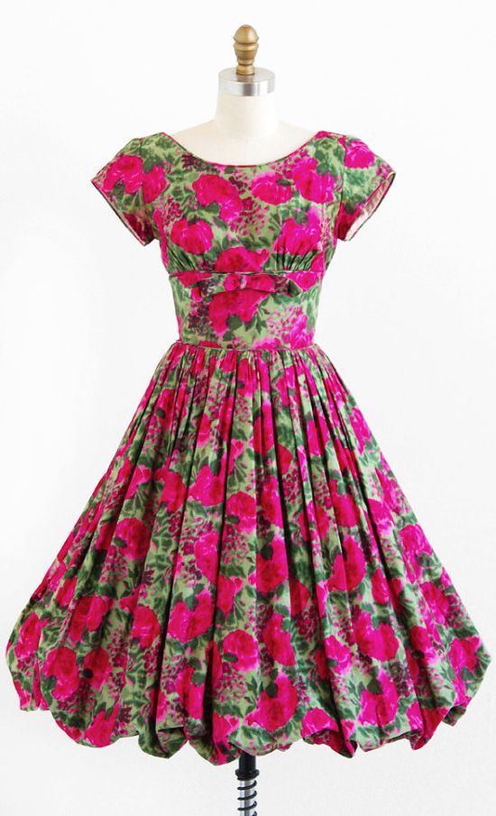 vintage 1950s pink + green roses party dress