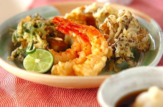 Tempura shrimp and maitake