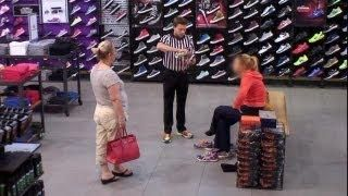 Kevin The Cashier #Pranks Customers At Foot Locker - #funny #Ellen