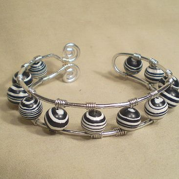 Wire jewelry lessons