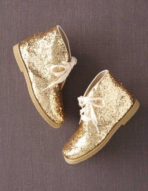 I've spotted this @BodenClothing Glitter Desert Boots Gold