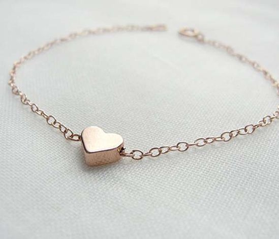 pretty rose gold heart bracelet