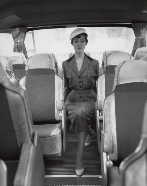 Looking especially chic for a day of bus travel. #vintage #fashion #1950s #suit