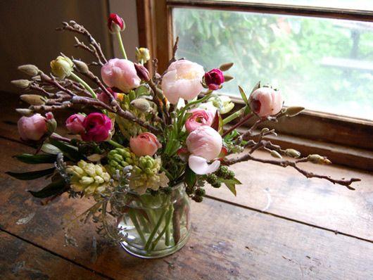 (1) flower arrangement (by studio choo) • vase ideas • via SF Girl by the Bay