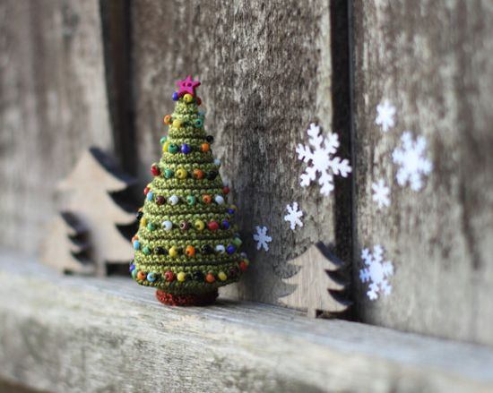 Christmas Tree, Crocheted Christmas Tree, Christmas decoration, Christmas ornament, green, stripped