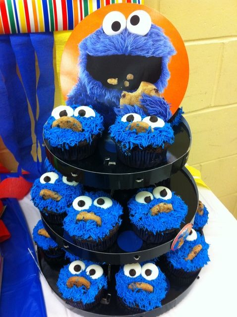 Cookie monster cupcakes how cute